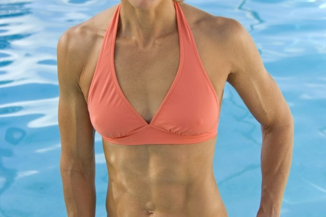 Amazing Abs On 45 Year Old Dara Torres Female Sexy Fit Beautiful Women Over 40 Pinteres