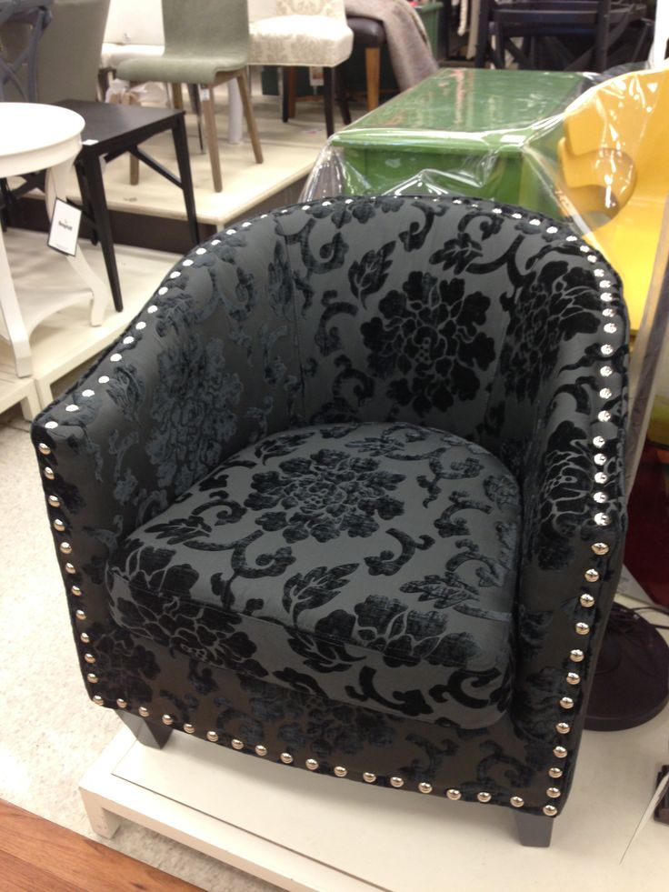 white wicker chairs and table pink tufted office chair black damask - @homesense canada   decor ৯ home accents pinterest canada, homesense ...