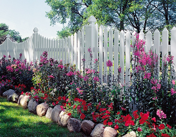 26 Best Ideas About Flower Beds In Front Of Fence On
