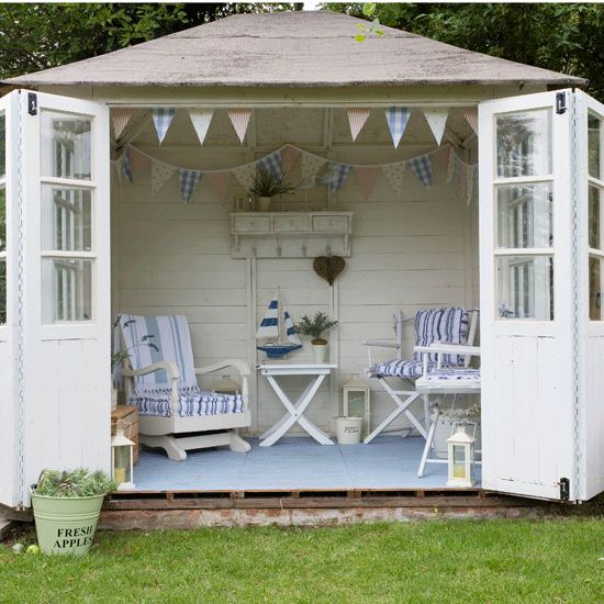 25 Best Ideas About Small Summer House On Pinterest Country