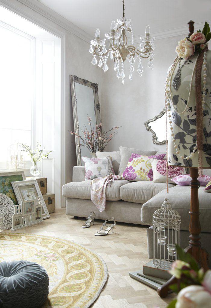 shabby chic stil wohnzimmer dekoideen dekokissen wandspiegel ... - Wohnzimmer Ideen Shabby Chic