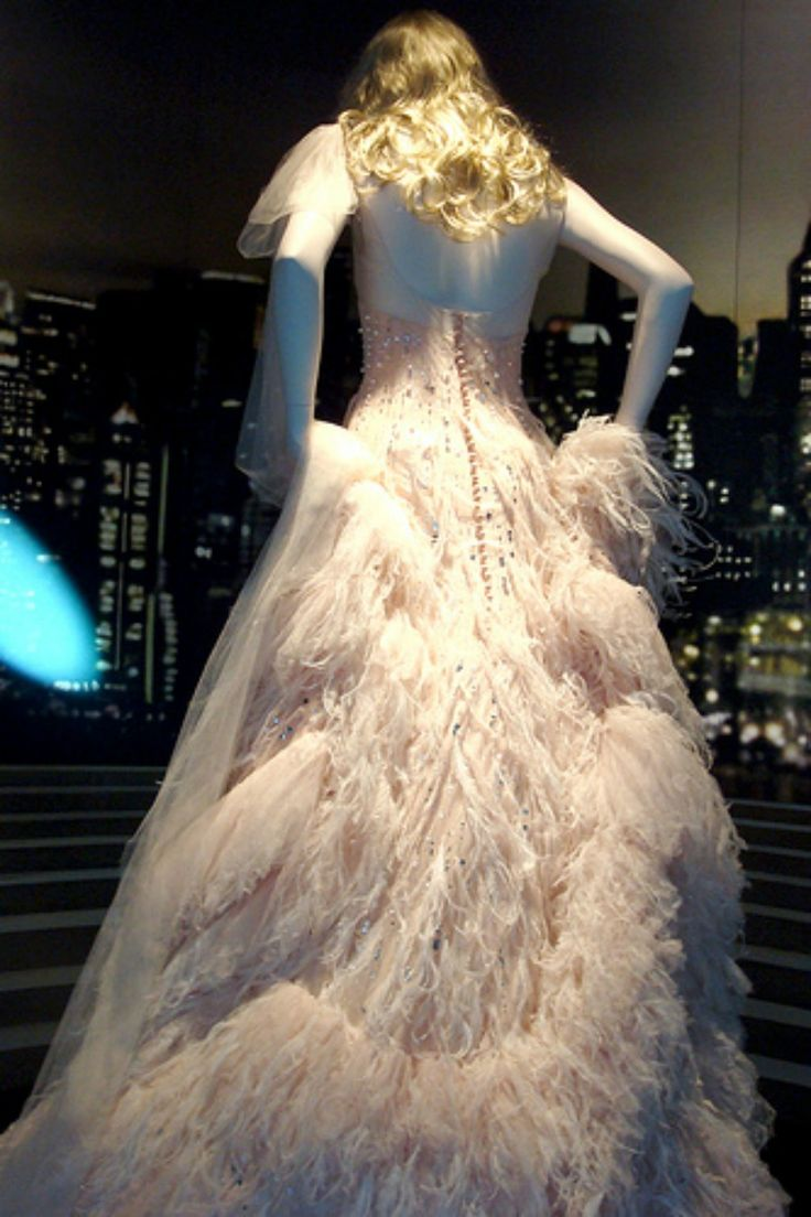 Chanel 5 Dress Worn By Nicole Kidman Your Clothes Are