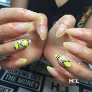ideas yellow nails