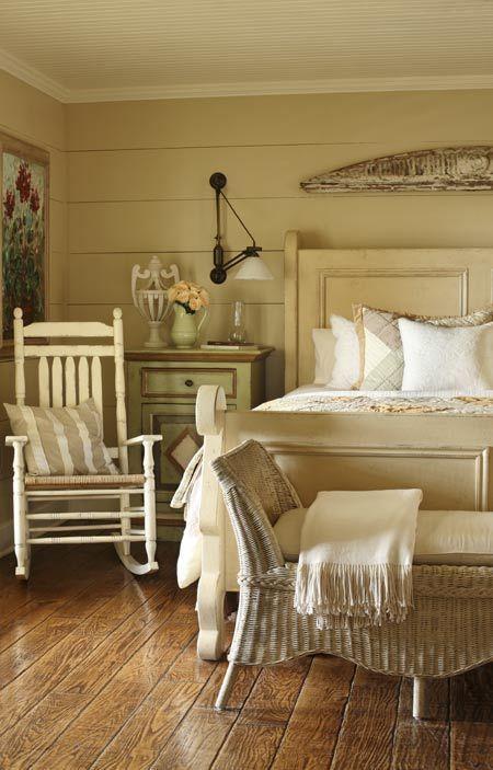 17 Best ideas about Farmhouse Bedrooms on Pinterest