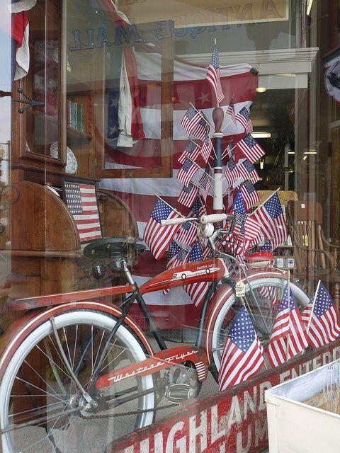 americana window displays