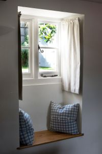 25+ best ideas about Small window curtains on Pinterest ...