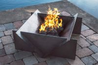 The 25+ best ideas about Steel Fire Pit on Pinterest ...