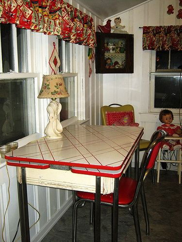 Vintage Red Metal Table My Cozy Home Vintage Kitchen