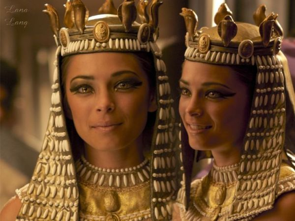 Smallville Lana Lang is Cleopatra just Because