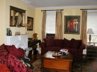 25+ best ideas about Maroon Living Rooms on Pinterest ...