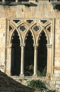 17 Best images about Gothic and medieval windows on ...