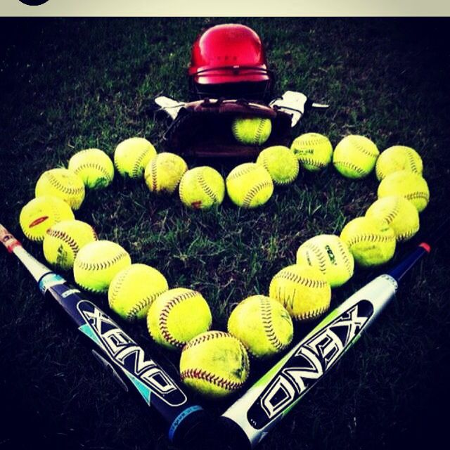 Playing In The Fall Wallpaper Heart Made Of Softballs ⚾️ ⚾softball⚾ Pinterest