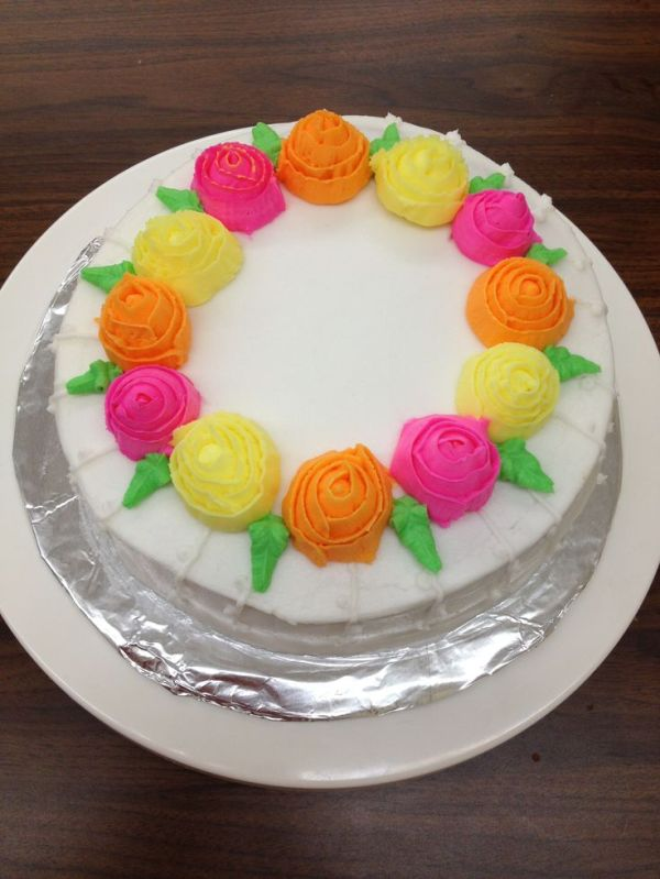 241 best images about cake decorations on Pinterest ...