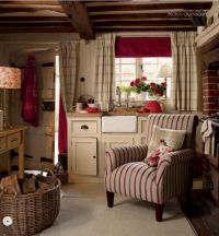 cosy cottage kitchen with armchair by the range | All ...