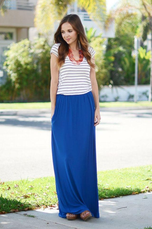 maxi skirt girl  with tshirt
