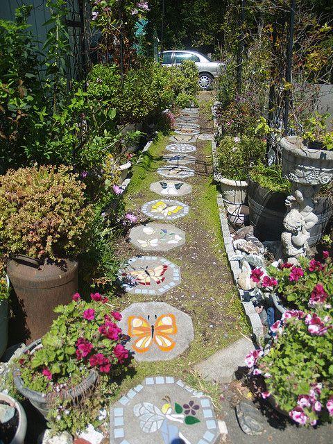 25 Best Ideas About Garden Stepping Stones On Pinterest Garden