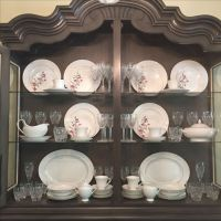 17 Best ideas about China Cabinet Display on Pinterest