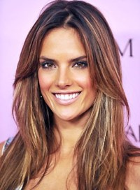 Alessandra Ambrosio has the best hair color. | Haircuts ...