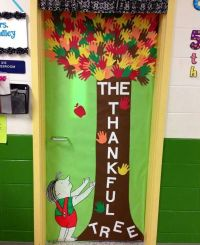 139 best images about Thanksgiving Boards and Doors ideas ...