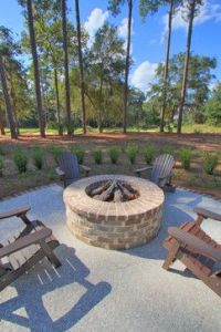 1000+ ideas about Brick Fire Pits on Pinterest | Project ...