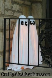 25+ Best Ideas about Outdoor Halloween Decorations on ...