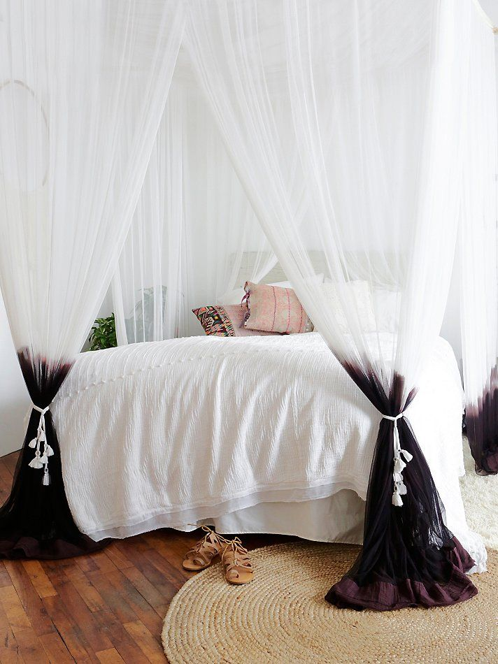 Free People Dip Dye Four Point Queen Canopy  Bed room Good ideas and Fabrics