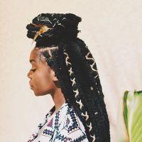 Best 25+ Yarn braids ideas on Pinterest | Faux locs with ...