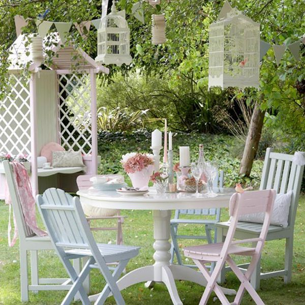 17 Best Images About Painted Garden Furniture On Pinterest
