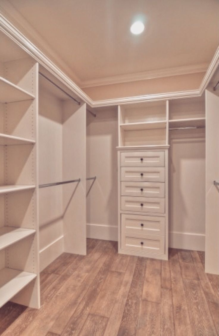I wan a walk in closet so bad  Dream roomhome