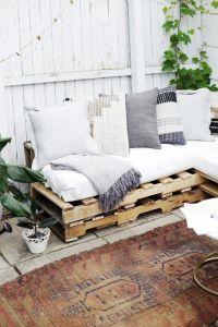 25+ best ideas about Pallet Sofa on Pinterest | Pallet ...