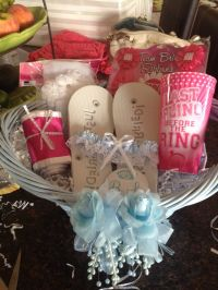 Cute gift for bridal shower! Gift basket for bride | Gift ...