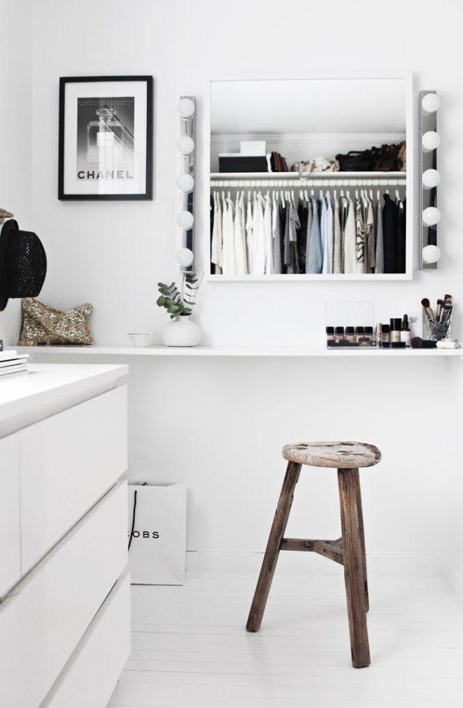 25 Best Ideas About Minimalist Room On Pinterest Bedroom Inspo And