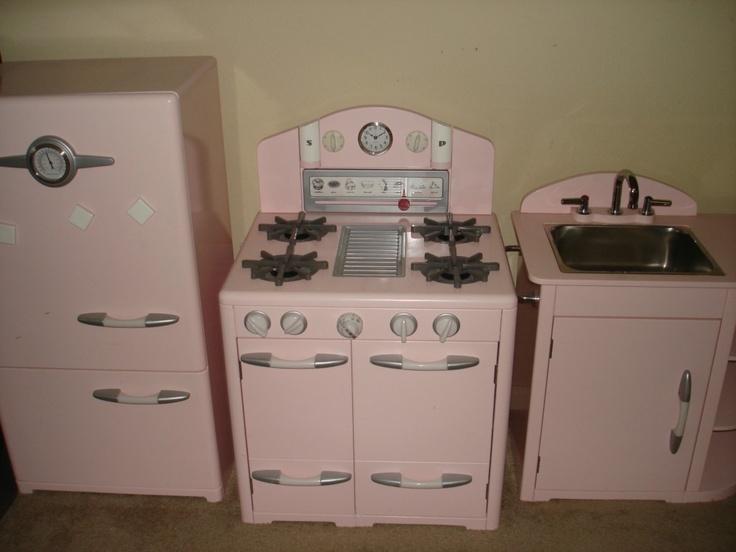 ikea faucet kitchen virtual designer free pottery barn kids pink retro sink refrigerator ...