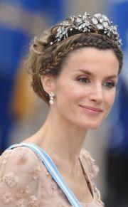 ideas tiara hairstyles