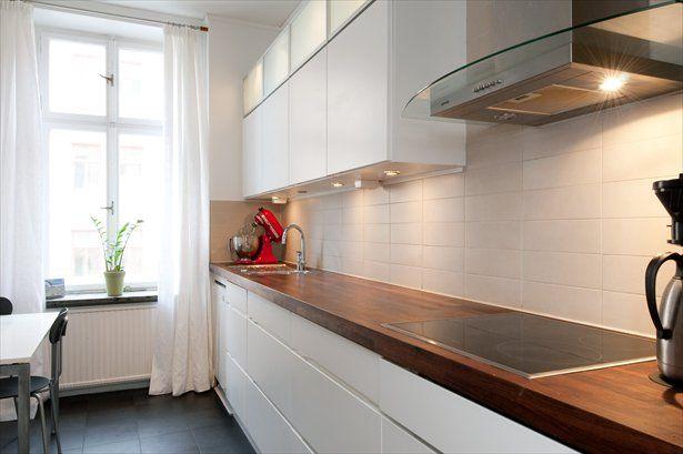 wall decor ideas for apartment living room modern furniture layout vitt rektangulärt kakel   kök pinterest