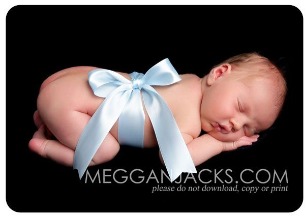 Could do this with the ribbon  Carina tag that I used in my maternity pics  Amazing Photo Ideas