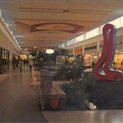 Kitchen Island Outlet Ge Worked Here In The 1970s-smith Haven Mall Lake Grove ...