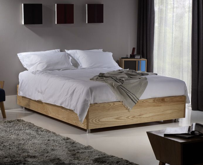 Beds without a headboard