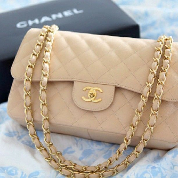 The day I get a Chanel purse will be one of the best days of my life. -sigh- SOMEDAY!