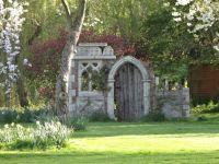 Folly ruin, Minstrel Court, Arrington, Cambridge | Follies ...