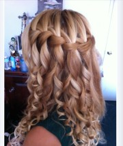 waterfall braid curls wedding