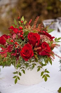 25+ best ideas about Red Rose Arrangements on Pinterest