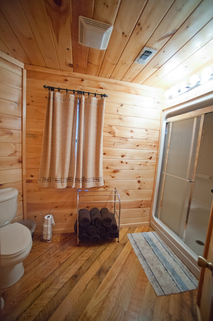 Master Bathroom Inside Of Seven Eagles Cabin Near Broken