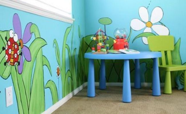 Animals And Plants Wall Murals And Cool Table And Chair In