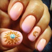 #nail #sun #moon easy breezy