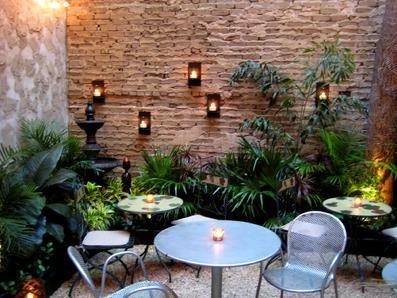 25 Best Ideas About Small Courtyard Gardens On Pinterest