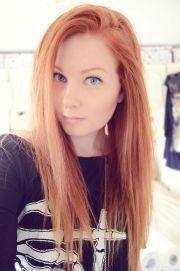 beautiful strawberry blonde hair
