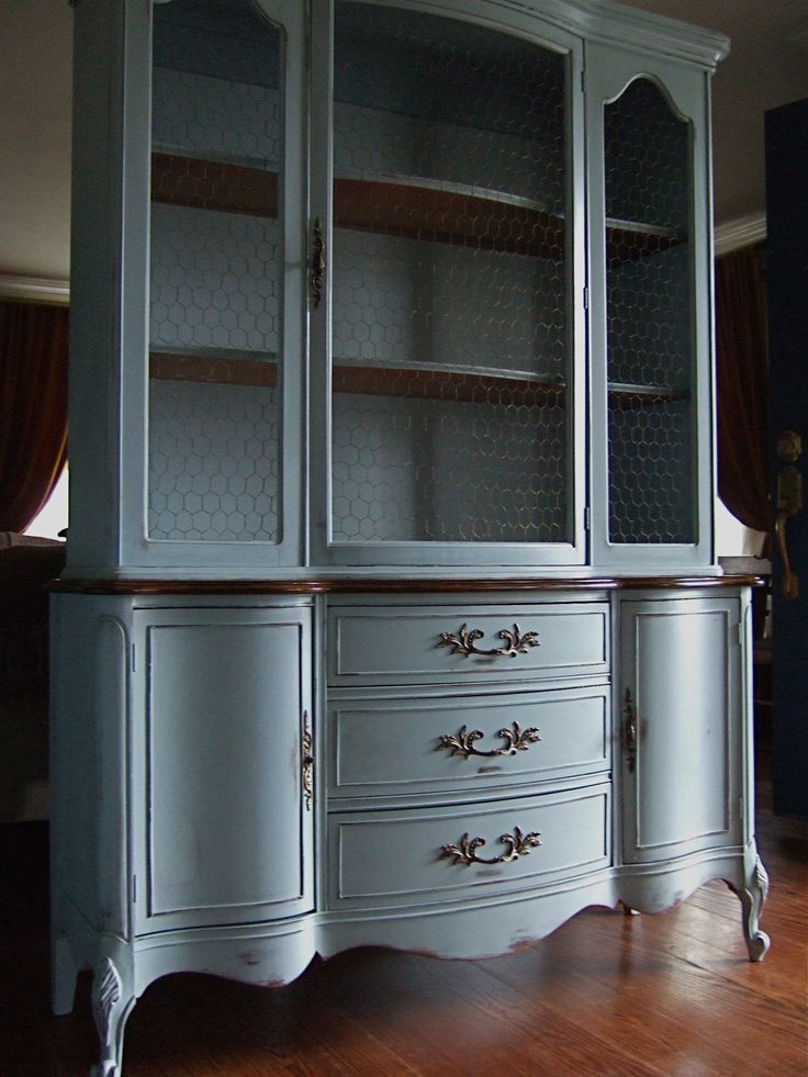 Lightly Distressed French Country Hutch In A French Grey