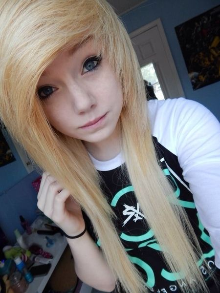 25 Best Ideas About Scene Hairstyles On Pinterest Emo Hair