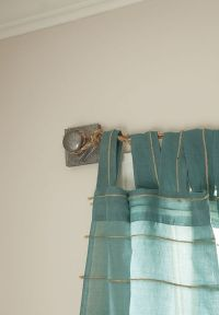 25+ best ideas about Hanging Curtain Rods on Pinterest ...